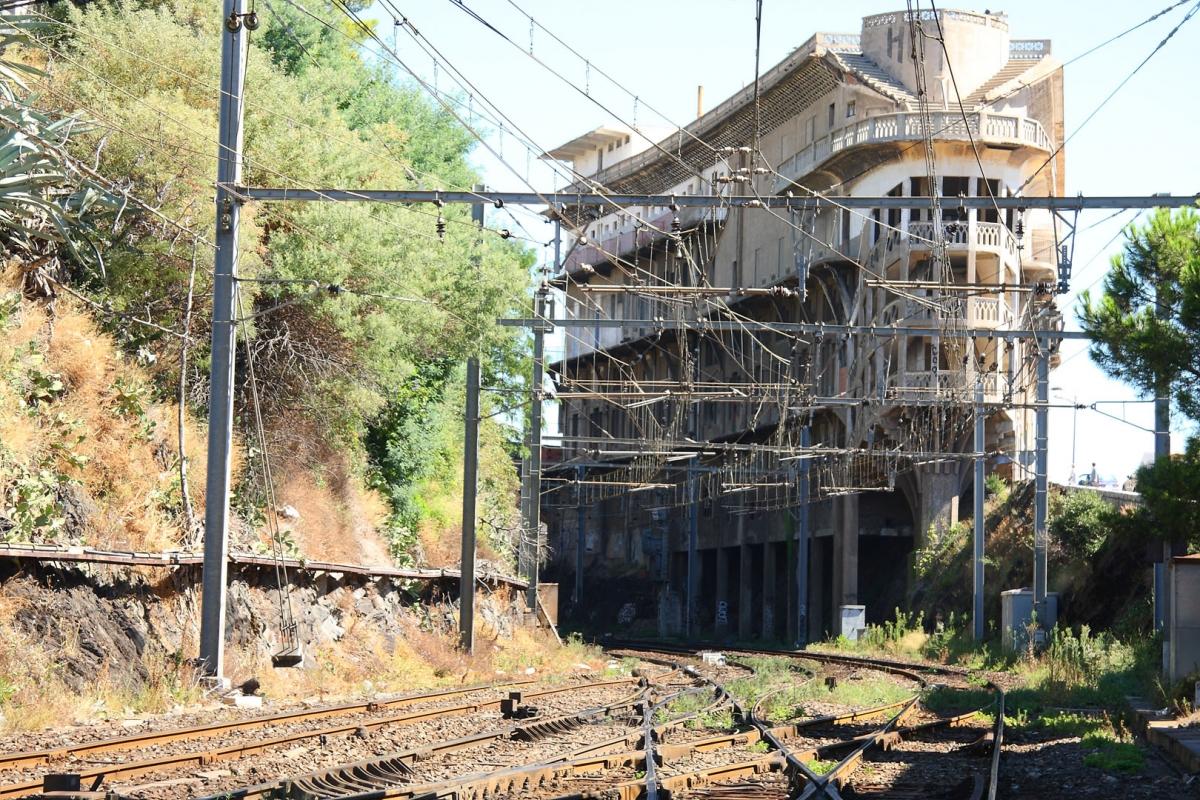 rail_2r